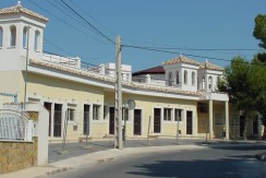 28 Bed Hotel