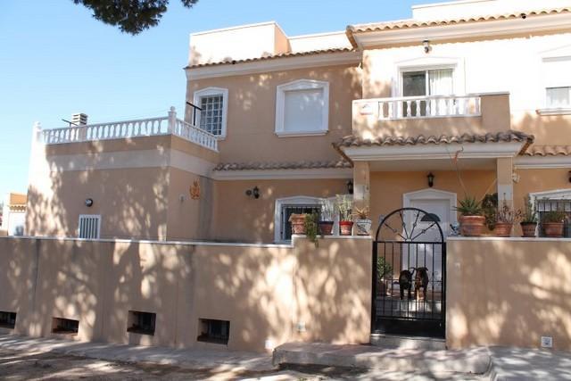 5 Bed Large Terrace Villa