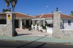 4 Bed Large Detached Villa