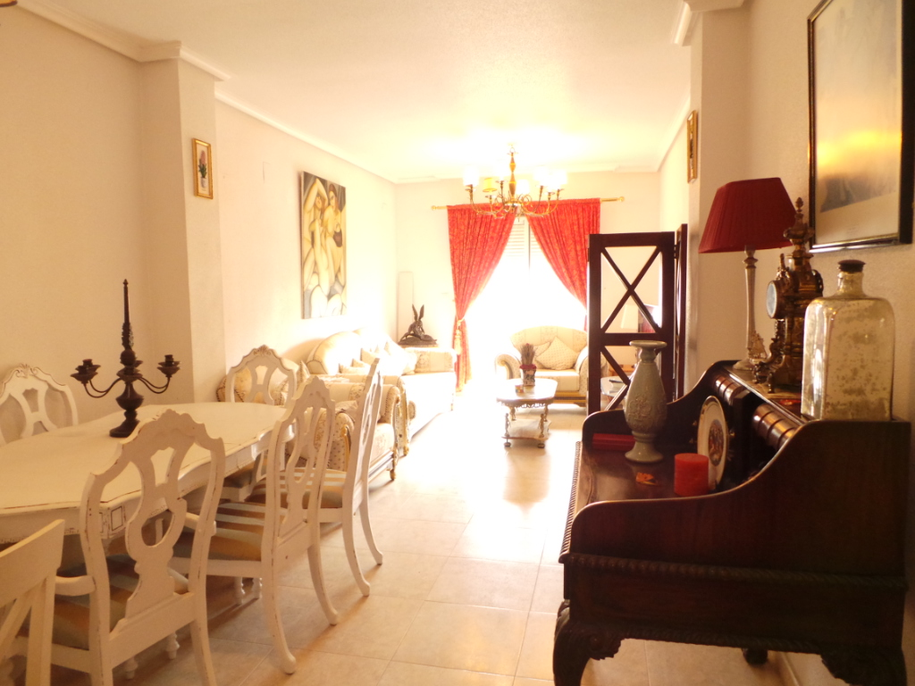 3 BEDROOM APARTMENT IN PILAR DE LA HORADADA